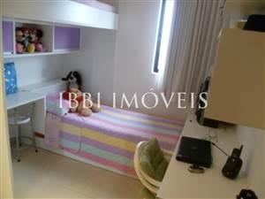 3 dormitorios 1 suite con 76m2