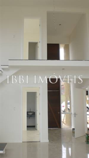 House condominium in upscale with fine finish