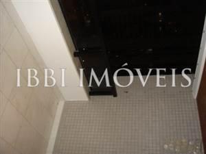 4 bedroom 2 bathrooms in Cidade Jardim