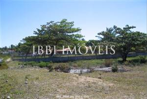 Large Plot Beira Mar