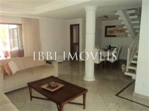 Home With 4 Bedrooms In Gated Community