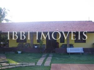 Land with house needing renovation in Itacimirim