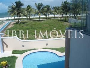 Linda casa com 5 suites em Guarajuba