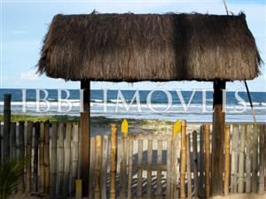 Hermosa casa con 58m de playa situado cerca de Ilheus